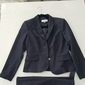 Full suit blazer & pants with tags